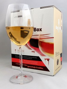 Chardonnay / karton z kranikiem Bag in Box   (poj. 5l)